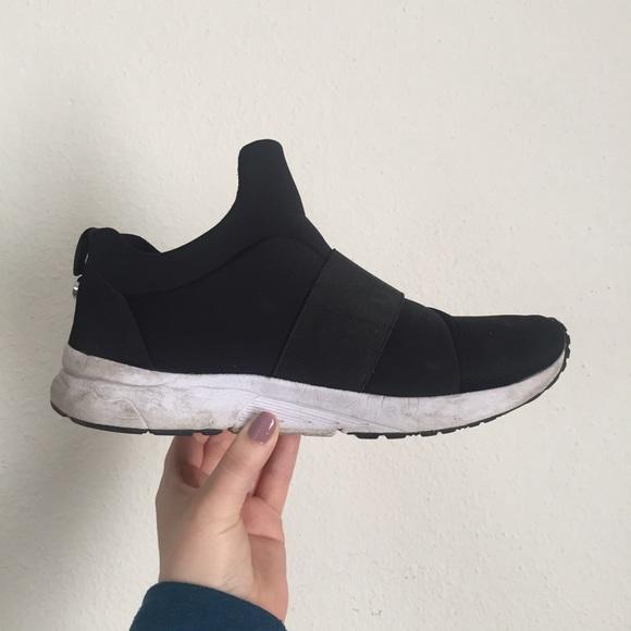 c1e839e094a Steve Madden Hueber Sneakers (For Women) 6.5